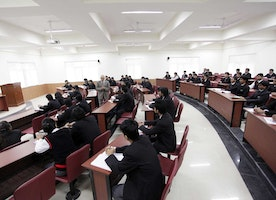 Why The Majority of Students in India Seek A Career in Engineering?
