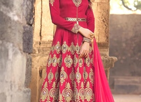 EYE-CATCHY LONG LENGTH DESIGNER SUIT FOR FESTIVAL
