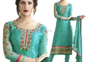 Smashing Green Brasso Embroidered Pakistani Mehndi Dress Design