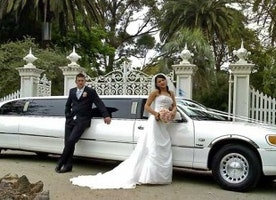 Plan Your Wedding Right With Exclusive Limousine Services