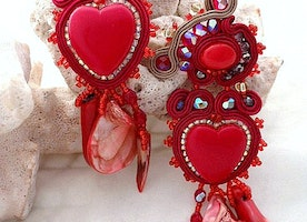 red heart dangling clip on soutache coral earrings , statement sparkly crystal porcelain sea shell earrings , luxurious Christmas women gift
