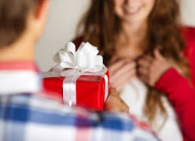 Here is the Ultimate Couple Gift Guide