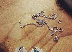 Custom mom jewelry