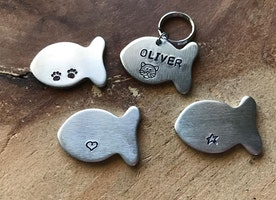 Cat ID tag with picture stamp