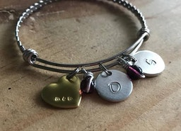 Personalized mom bangle