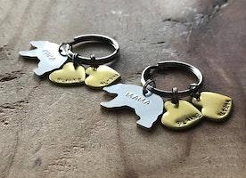 Mama and Papa Bear keychains