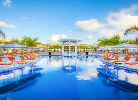 10 Ways The Grand at Moon Palace Cancun Elevates All-In Vacations