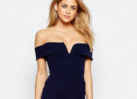 "I Am Obsessed With This ""Boohoo Off The Shoulder Bodycon Dress"""