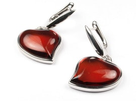"""Silver Earrings with Natural Baltic Amber """"Two Hearts"""""""
