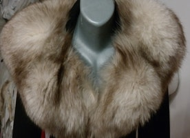 Kepp warm with real vintage fur this cold winter