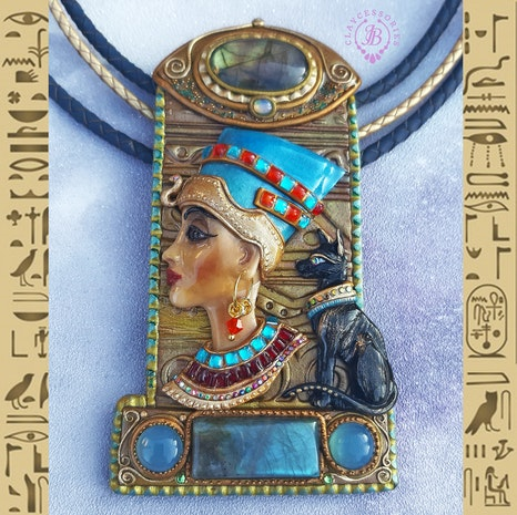 Egyptian Queen Nefertiti necklace - Mogul