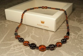"Natural Baltic Amber Necklace with Faceted Beads ""Polaris"""