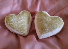 Heart of Gold Bath Bomb Set - Perfect for Valentine's Day!