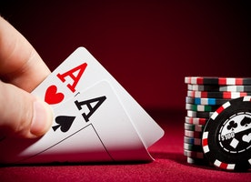 Play Exciting Poker Games On Your Phone With 888 Poker