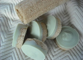 Peppermint Tea tree Goat's Milk Loofah Foot Soap