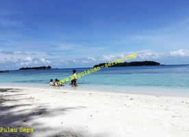 Travel Kepulauan Seribu Island Resort and Island Residents in Jakarta