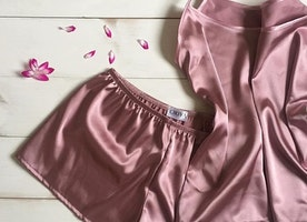 Women's satin pajama set (short and shirt)
