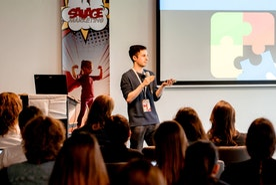Anxious & Broke 19-Year-Old Turned International Motivational Speaking Sensation: Rafael Eliassen