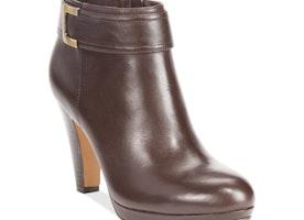 Love these Giani Bernini booties