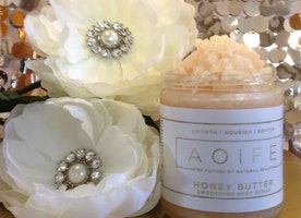 Honey Butter Smoothing Body Scrub