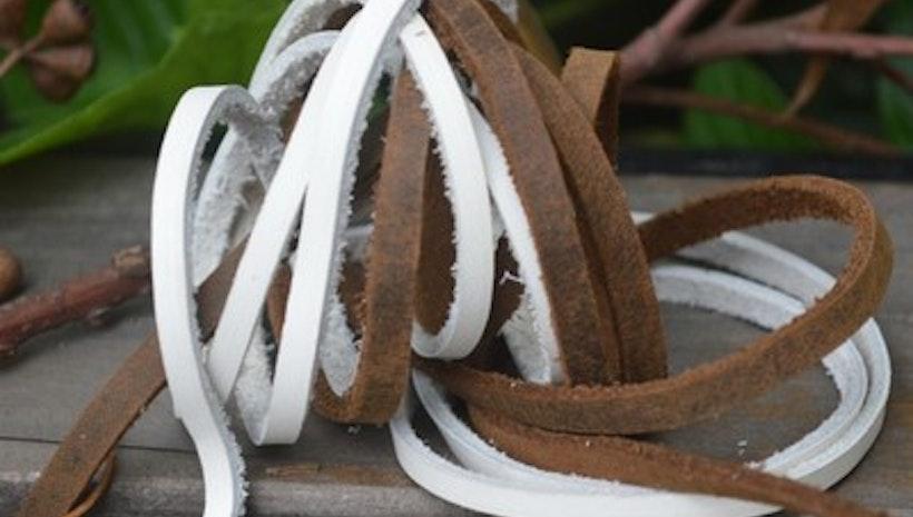 Ajouter une touche d'élégance à votre apparence avec des lacets en cuir!