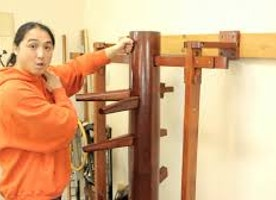 THE POWER OF THE WOODEN DUMMY: TRADITIONAL KUNG FU DUMMY