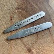 Custom collar stays
