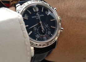 Top 5 Luxury Wrist Watches to Impress Women