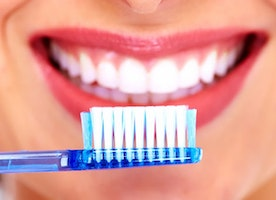 10 Simple Tips For a Healthy Life Of Your Teeth
