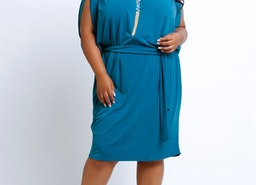 BREE Easy Fit, Flowing Sleeveless Plus Size Dress