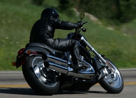 7 Reasons to Start Riding Motorcycles NOW