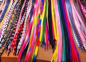 Los cordones de los zapatos - Cordones de colores !