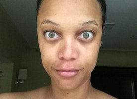 Tyra Banks Posts Makeup Free Picture Proving She's REAL Just Like Us
