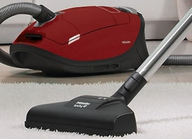 Five Tips for Choosing the Best Commercial Vacuum Cleaner