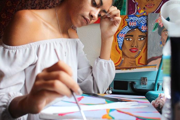 Meet Lauren Thomas, Your Next Favorite Artist