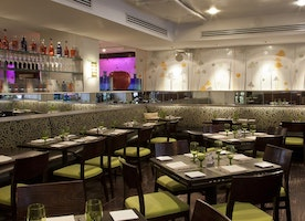 The Upper East Side's Favorite Summer Dining Destination T-Bar Where Steak Meets Classic Dishes With A Modern Twist
