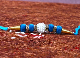 Enticing Rakhi Gifts for Your Beloved Sister Back Home