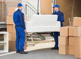 Reasons Why You Should Never Hire Non-Professional Movers