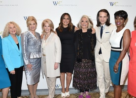 The Women's Forum of New York's 7th Annual Elly Awards Raises $300,000