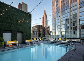 Enjoy The Summer At The Gansevoort Park Avenue Rooftop