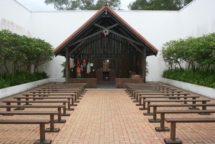 Fort Canning Park to Changi Chapel and Museum by Bus