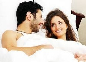 Master Pillow Talks & Dirty Chats For A Lifelong Sizzling Relationship