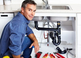 Finding an Emergency Plumber Manchester to get in touch with for Repairs