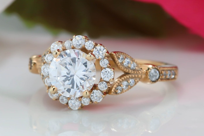 A Bang For Your Buck When Buying An Engagement Ring