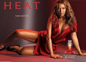 Smell Beautiful with Celebrity Fragrances