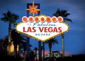 Wanderlust Wednesday: Vegas, Baby!