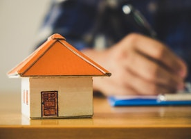 6 Tips to Help You Decide When It's Time to Refinance Your Mortgage