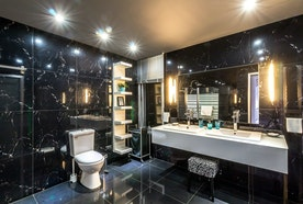 Ten Features Of Luxury Hotel Bathroom At Home That Make Everyone Love It.