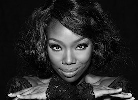 Grammy Winner Brandy Returns to CHICAGO for Two Weeks Only! August 17 – 31, 2017