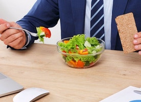 Best foods to have at your desk